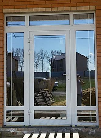 alyuminievye-dveri-1