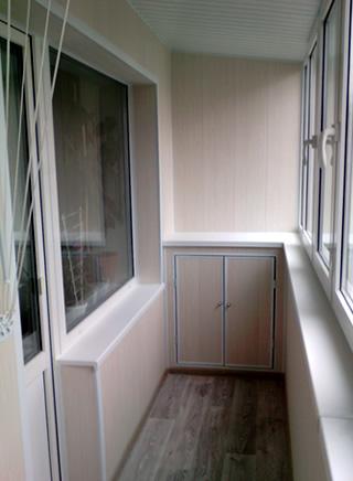 otdelka-balkona-plastikovymi-panelyami